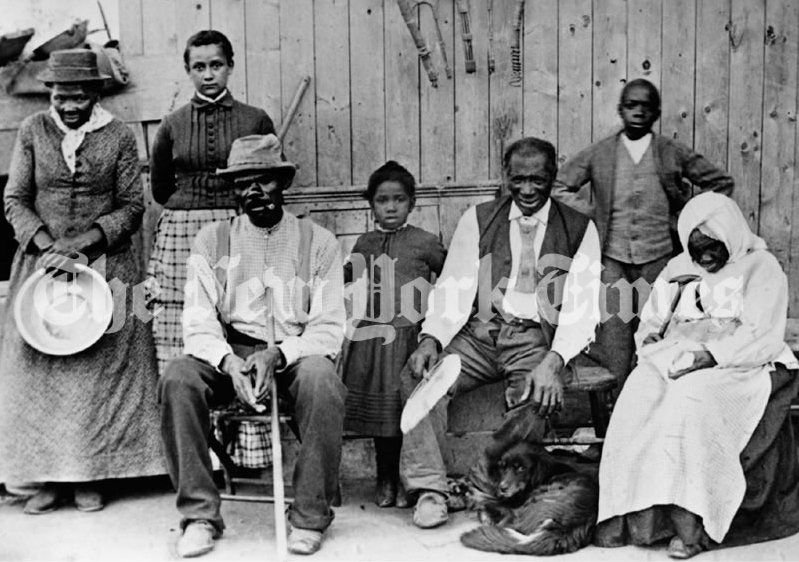 Harriet Tubman with escaped slaves on plantation